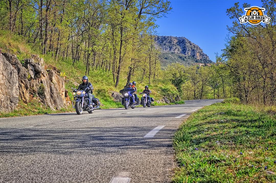 Gourdon-caussols-Azur-Biker-Tour-04