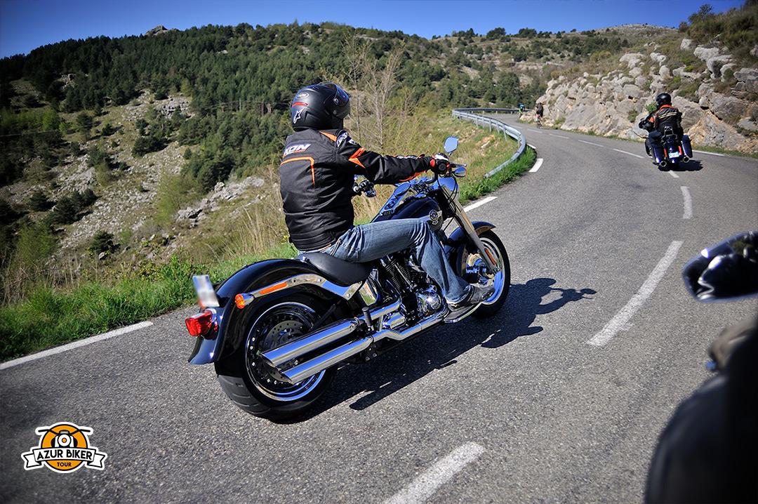Gourdon-caussols-Azur-Biker-Tour-09