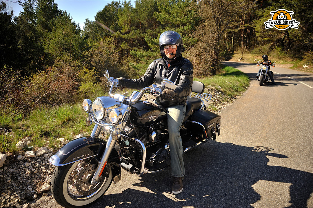 Gourdon-caussols-Azur-Biker-Tour-12