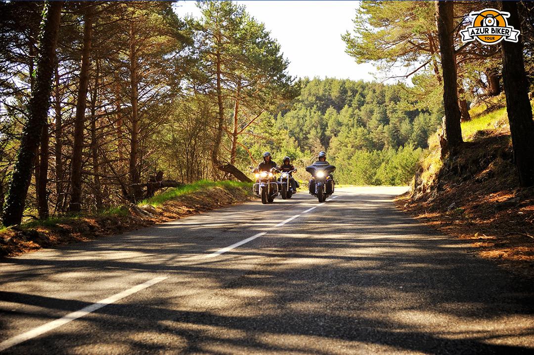 Gourdon-caussols-Azur-Biker-Tour-13